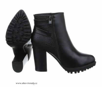 kotníkové boty na platformě vel 40