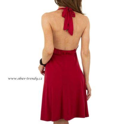 červené šaty Metrofie