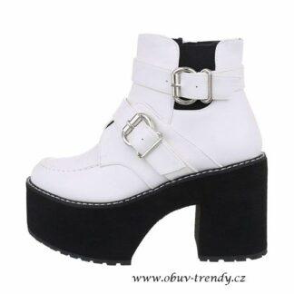 boty na vysoké platformě